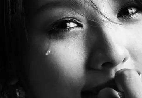 无法诉说的委屈的句子 一个人苦的伤感说说