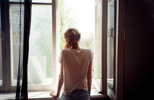 唯美经典的爱情伤感句子 眼泪哭的说说心情