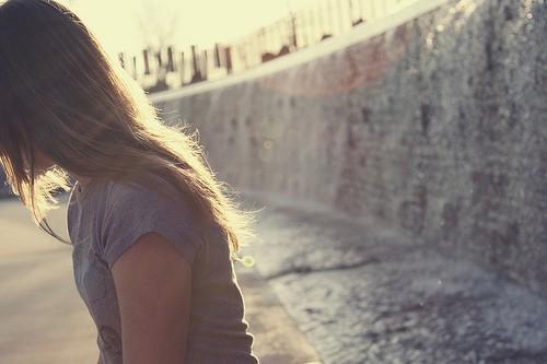 个性签名孤独伤感签名 让人心碎的句子