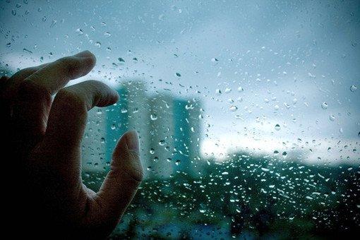 一个人的孤单很累句子 感觉无助心累的说说