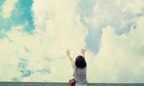 感觉心累的句子 让人无奈无助的qq说说爱情